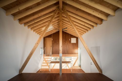 K-House in Tsujido-Higashi / Ushijima Architects