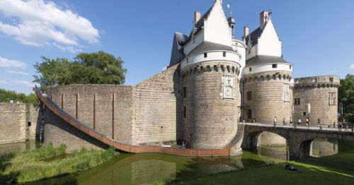 An Architectural Guide to the Nantes: The French City of Weird and Wonderful Art