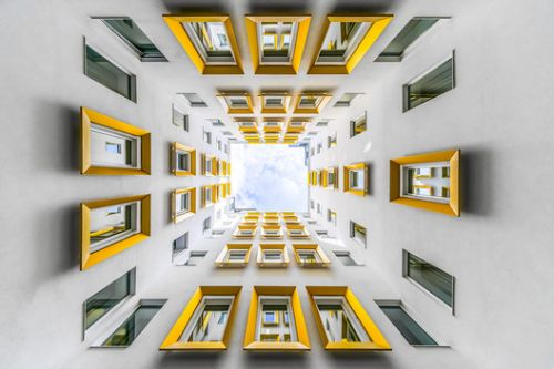Photographer Zsolt Hlinka Captures Geometric Compositions in the Evolution of Vienna's Architecture