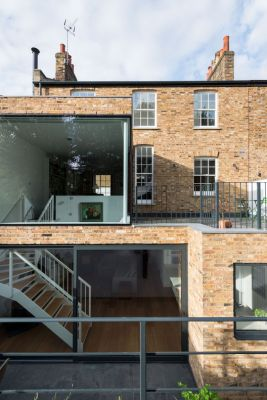 Clapham House / MWArchitects