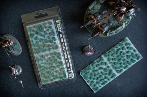 Review: Gamers Grass Tufts Alien Turquoise