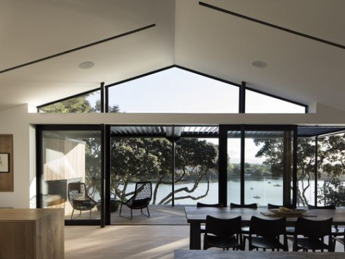 Herne Bay Hideaway / Lloyd Hartley Architects