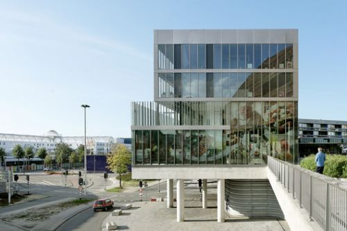 The Angle Residential Complex / Studio Woodroffe Papa