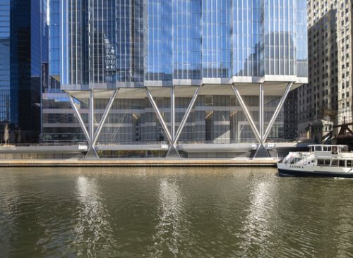 110 North Wacker Drive Office Building / Goettsch Partners