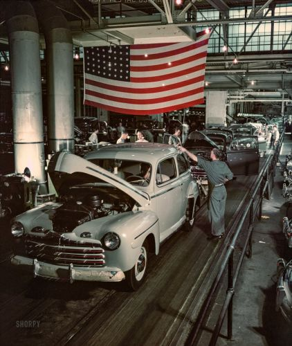 Cars & Stripes: 1946