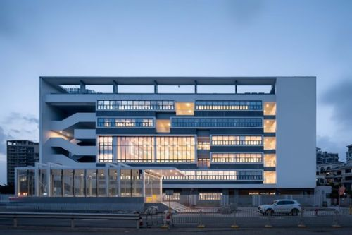 Qianhai NO.3 Primary School / YUANISM ARCHITECTS