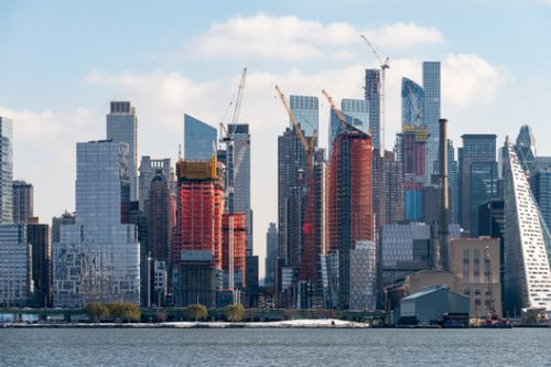 NYC's Waterline Square Tops Out With Towers by Meier, Viñoly and KPF