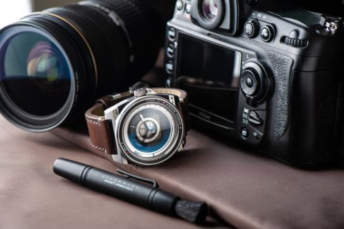 Automatic Vintage Lens II: A Harmonious Blend of Luxury Timepiece and Vintage Camera