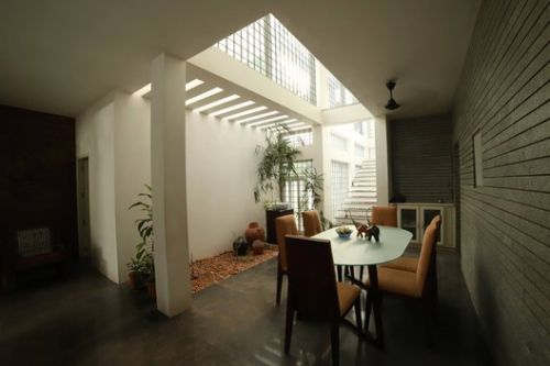 Ambient House / NO Architects Designers and Social Artists