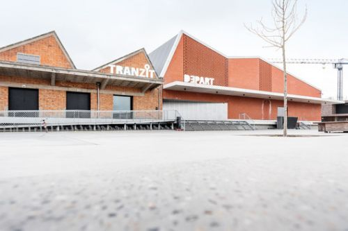 DEPART Event Hall / B-architecten
