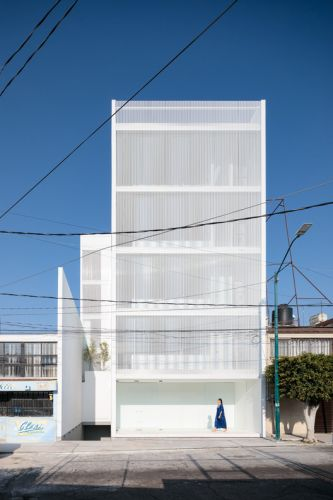 Ai Tower / HW Studio