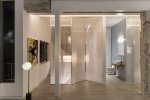 A\Y Apartment / Milic Harel Architects