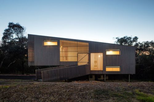 Aireys Ramp House / Irons McDuff Architecture