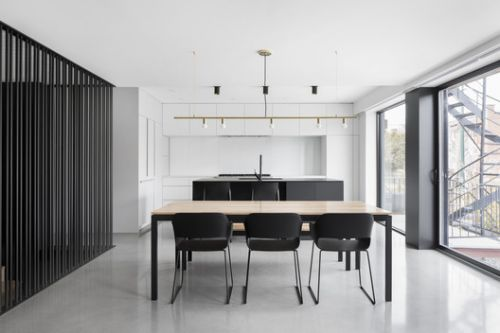 Bessborough Residence / Nature Humaine