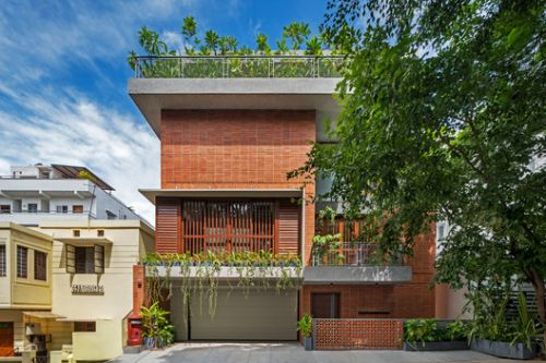 The Far Site House / TechnoArchitecture