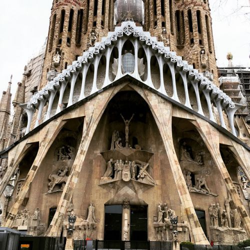 Gaudí in Barcelona: Spectacular and unique