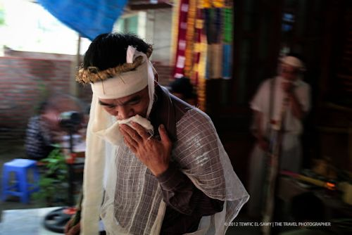 Beyond The Frame | Vietnamese Mourner | Canon 5D Mark II