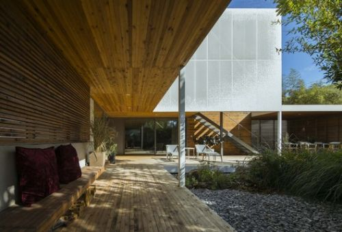 Two-Fold Yard / TAOA