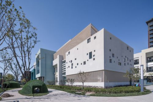 Kornerstone International Academy / hyperStiy Architects