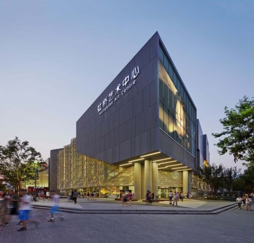 Shanghai Hongqiao Performing Arts Center / BAU