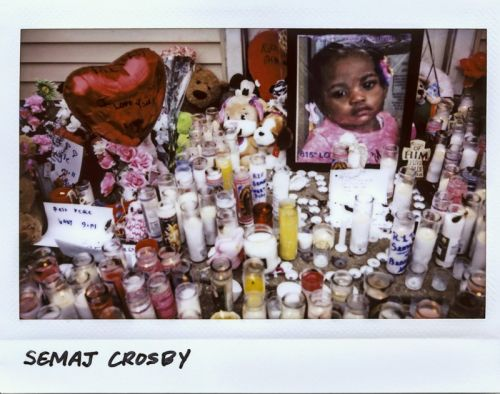 I Shoot Instax Photos That Document Victims of Violence in Chicago