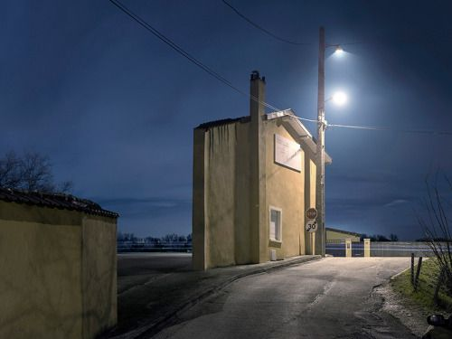 Crossconnectmag: Zacharie Gaudrillot-Roy's isolated Façades