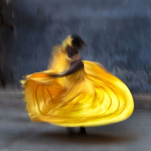 Havana Dancer: Photography and Moments of Love