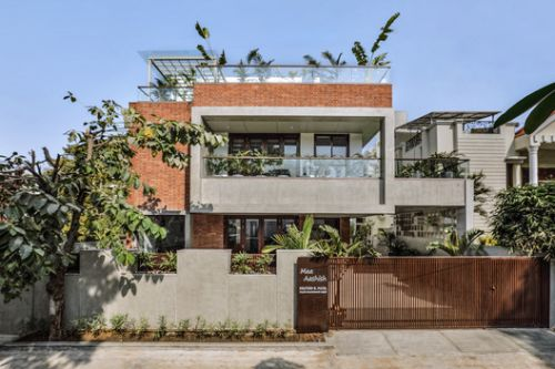 The Box House / TRAANSPACE