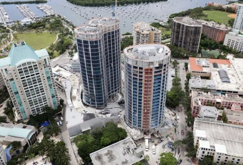 "New Photos and Renderings Show OMA's ""Park Grove"" Miami Towers as It Races Toward Completion"