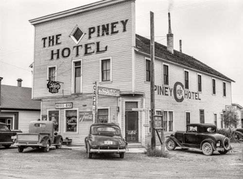 The Piney Hotel: 1941
