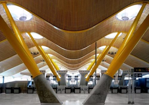 Madrid-Barajas Airport Terminal 4 / Estudio Lamela + Richard Rogers Partnership