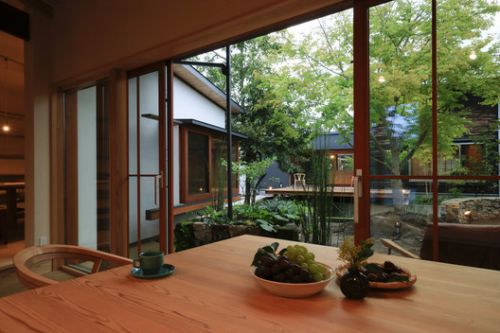 Guest House in Aira / Plan21