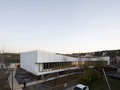 Interdepartemental Management and Administration Center / Ateliers 2/3/4