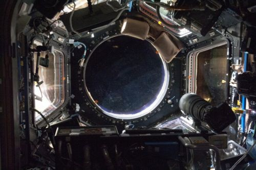 10 Nikon D5 Cameras Just Arrived on the ISS