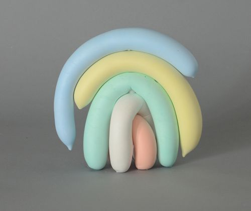Limp Balloons Slump Over Each Other in Pastel Sculptures by Artist Joe Davidson