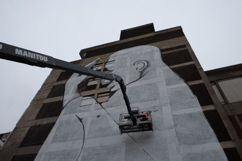 RUN ' The Thinker Child' new mural for the Croydon Rise Festival