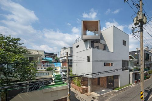White Nest Housing / Plan Architects Office