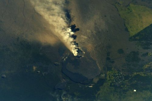 This is What Hawaii's Volcano Eruption Looks Like From Space