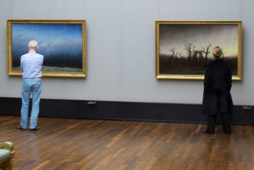 Photos of People Matching Paintings in Museums