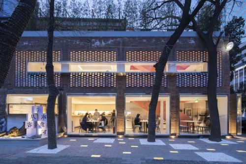 Breathe with the city-Doko Beijing / House Fiction