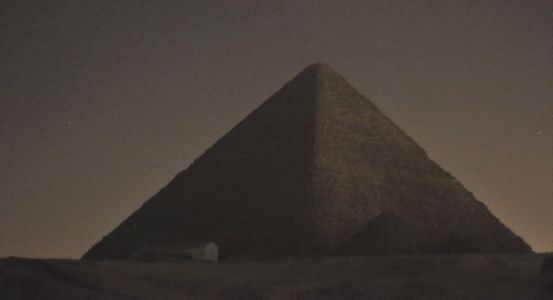 Egypt Furious Over Nude Photo Shoot Atop Great Pyramid