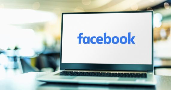 Facebook to Remove Sexualized Photoshopped Photos of Public Figures