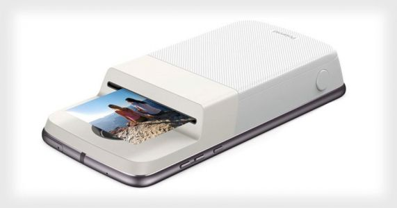 Polaroid's Insta-Share Printer Turns the Moto Z Into an Instant Camera