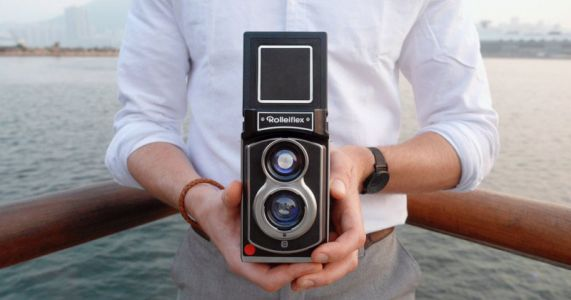 The Rolleiflex is Back: Say Hello to the Instant Kamera