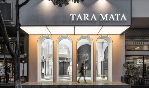 TARA MATA Fashion Boutique / PMT Partners