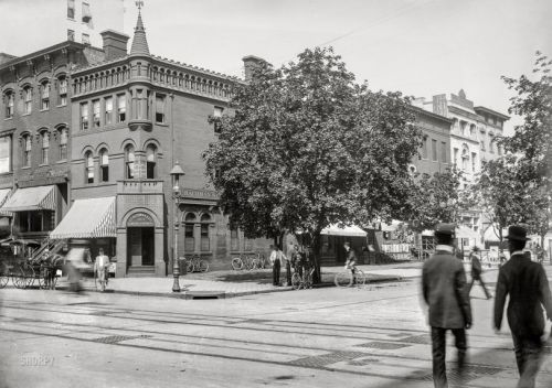 Thirteenth and F: 1901