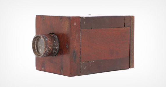 Camera Made of Wood, Brass, and Bone May Be the Oldest Up For Sale