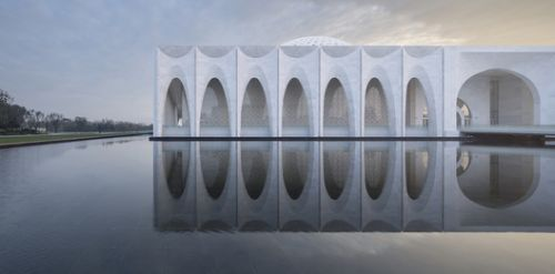 10 Images of Architecture Reflected in Water: The Best Photos of the Week