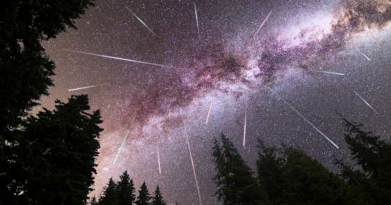 Helpful Tips to Watch and Photograph the 2021 Perseid Meteor Shower