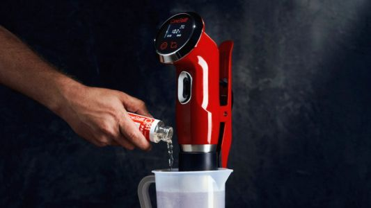 CineStill's New TCS-1000 is Like a Sous Vide Cooker for Film Processing